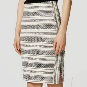 LOFT Aztec Print Textured Pencil Skirt Size 12